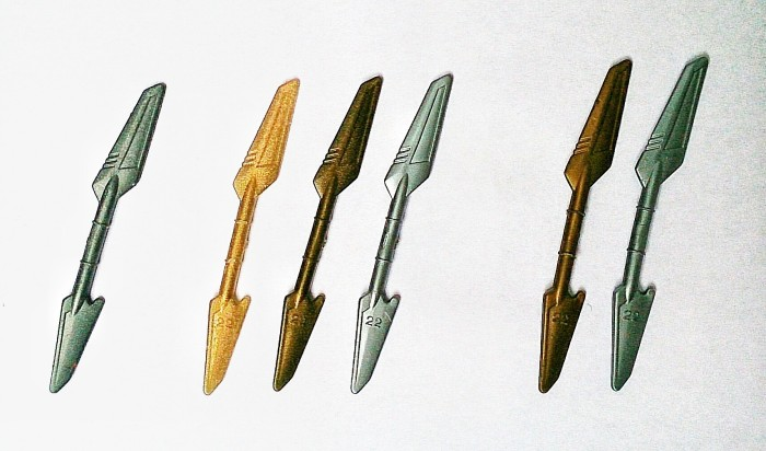 Normal BB weapon - Glitter Gold GBB Weapon - Gold GBB Weapon - Silver GBB Weapon - Gold BDC Weapon - Silver BDC Weapon. (Due to the lighting of the picture the colors are not completely accurate since the Golden en Silver BDC and GBB weapons are much closer in color)